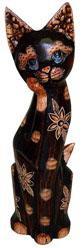 Деревянная фигурка 'Кошка с лапой у мордочки' 35см.