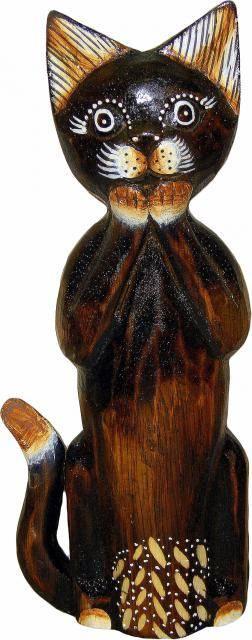 Деревянная фигурка 'Кот с лапками у мордочки' 25см.