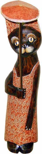 Деревянная фигурка 'Кошка с зонтиком' 30см.