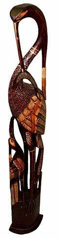 Статуэтка из дерева 'Цапля с птенцом' 150cм.