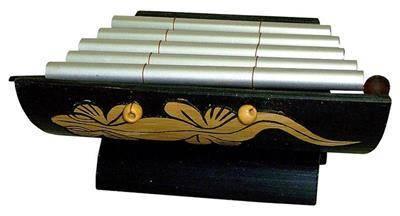 Музыкальный инструмент ксилофон 18x14см.