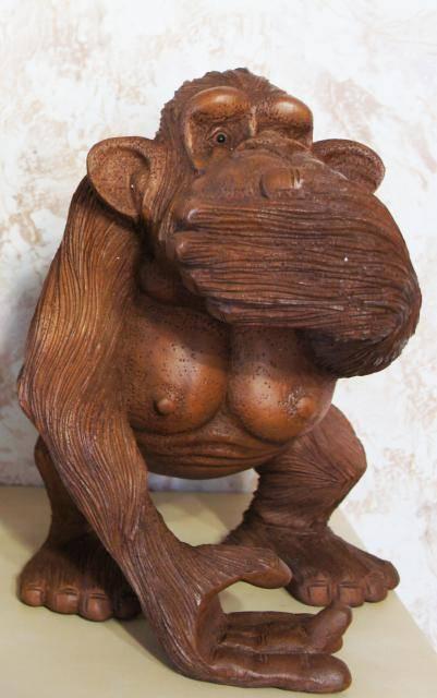 Статуэтка обезьяны «не скажу» 25х18х22