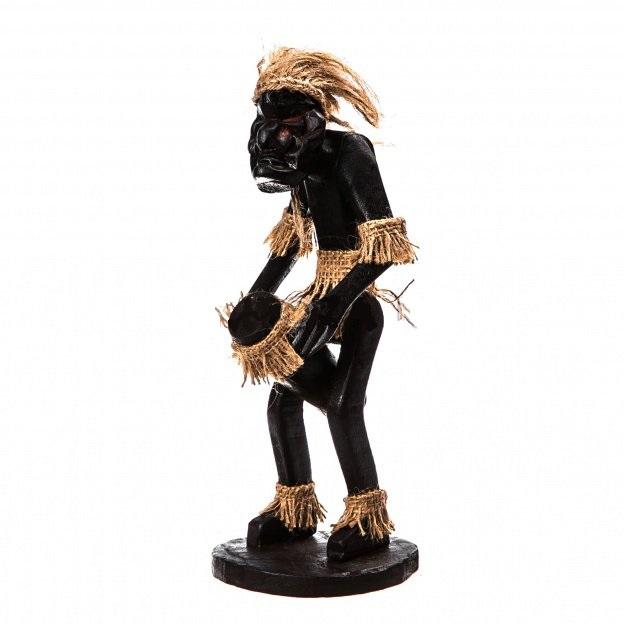 Фигурка аборигена Асмат: Барабанщик 20 см.