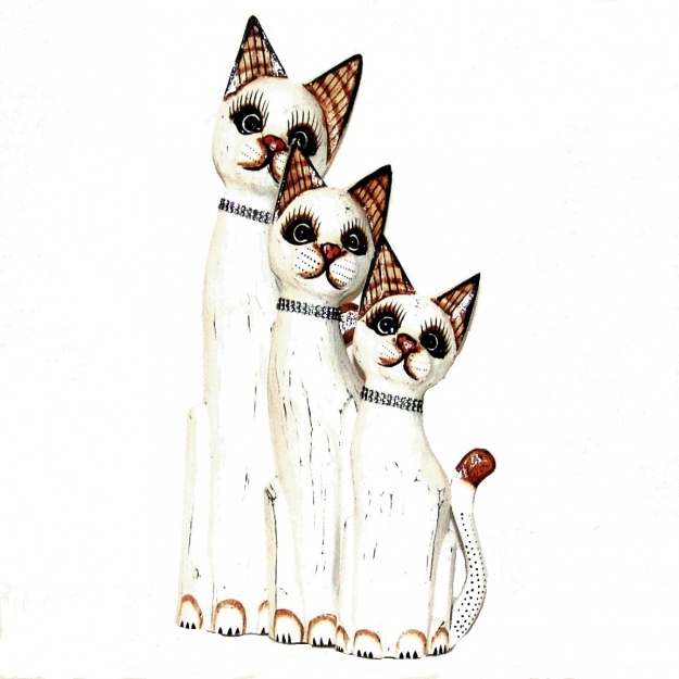Фигурки белых кошек 30,40,50 см