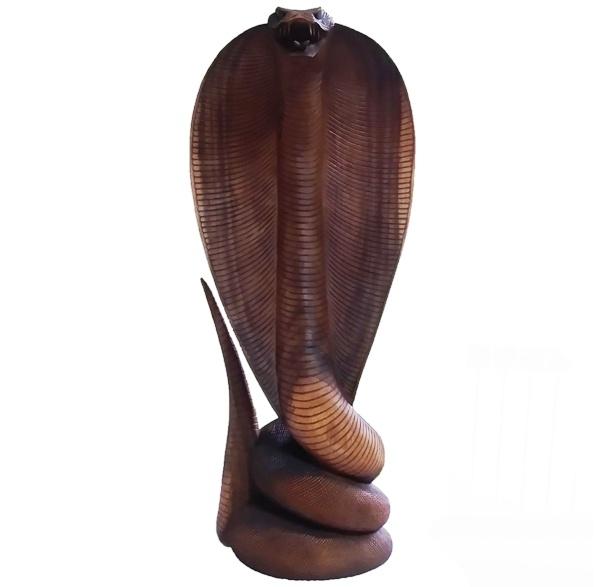 Скульптура из дерева Кобра 1 м