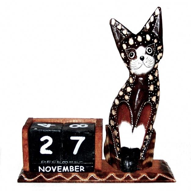 Сувенир вечный календарь с фигуркой Котик 22 см