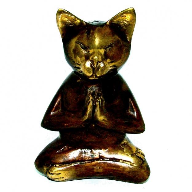 Фигурка из бронзы Кот и йога 11 см
