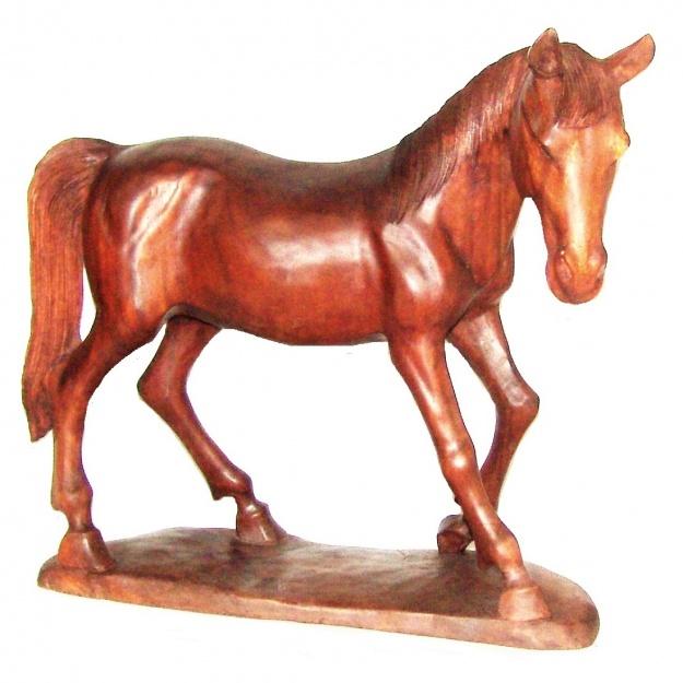 Фигура резная Лошадь 50 см.