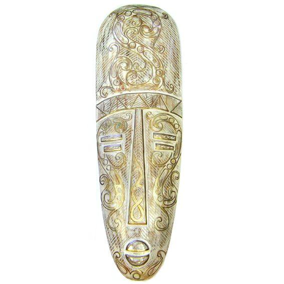 Этническая маска в белых тонах 80 см