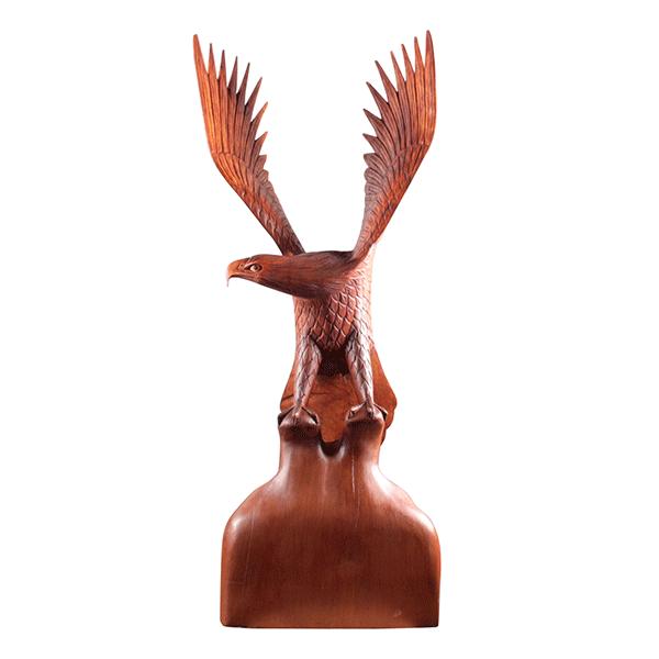 Скульптура Орел на камне 110 см