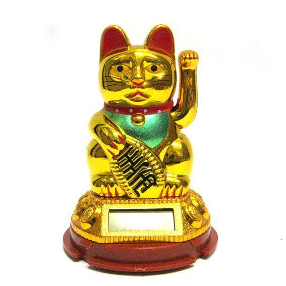 Статуэтка кошки с поднятой лапкой на солнечной батарее 8см
