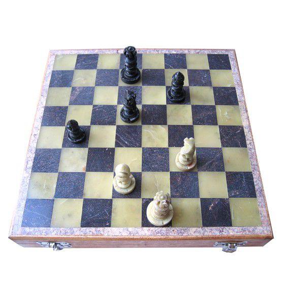 Шахматы дерево, камень