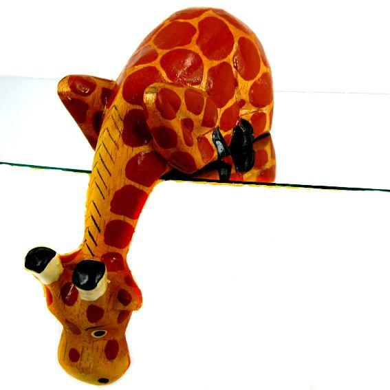 Статуэтка для полки жираф из дерева 17х7 см