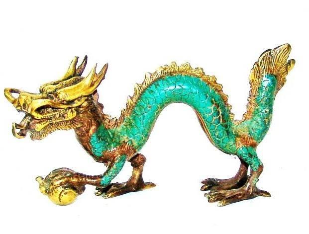 Статуэтка Дракон с жемчужиной 18 см
