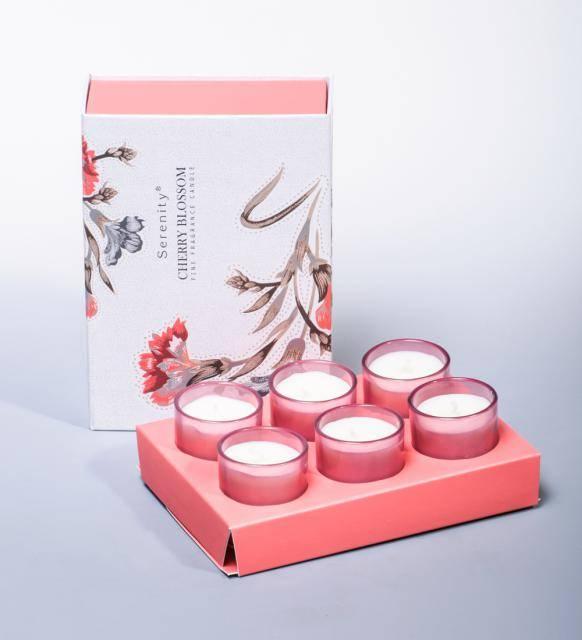 """Набор из 6 аромасвечей """"Цветущая вишня"""" в подарочной коробке"""