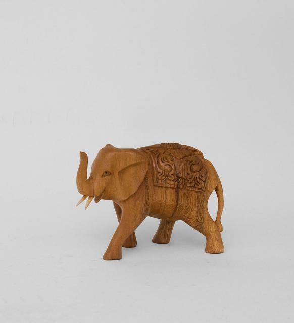 Слон с поднятым хоботом  10 cm