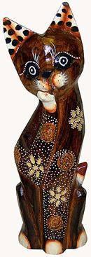 Деревянная фигурка, кот с лапкой у мордочки 30см.