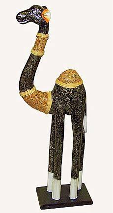 Статуэтка из дерева 'Верблюд Пунш' 100cм.